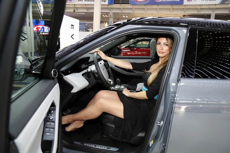 Već prodati NAJSKUPLJI na Sajmu automobila (VIDEO)