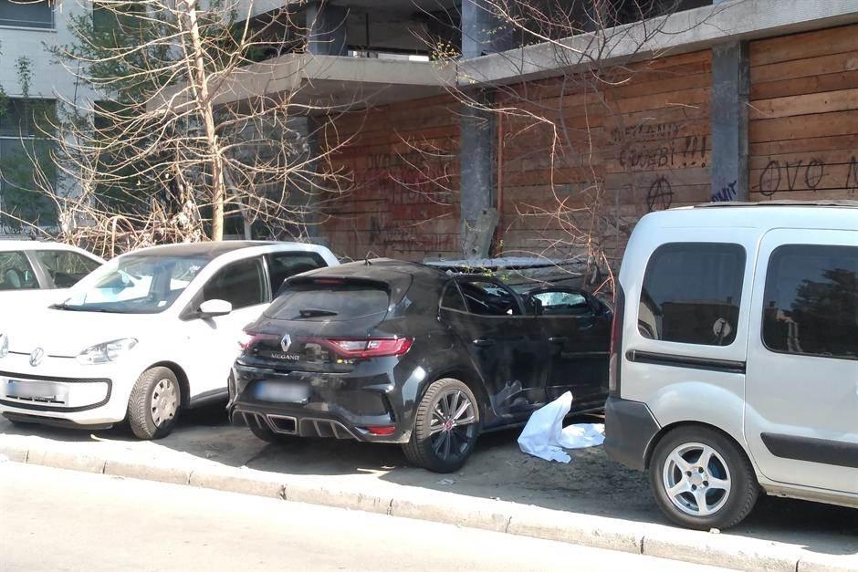 Mladić pao sa zgrade u Novom Sadu (FOTO,VIDEO)