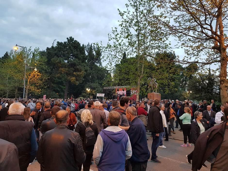 Novi protest u Podgorici: Za sposobne, a ne podobne