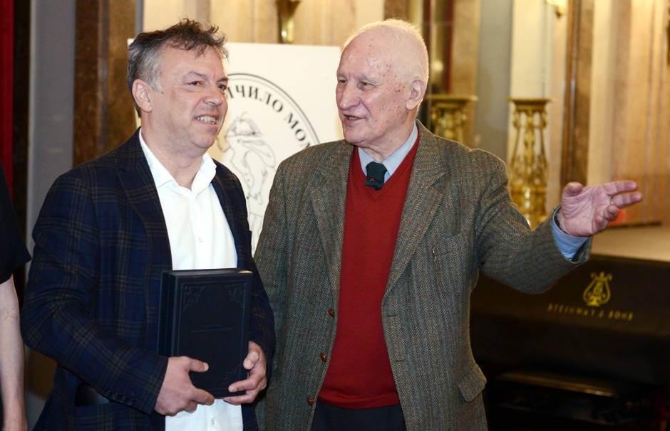 Neletu Karajliću nagrada za književnost