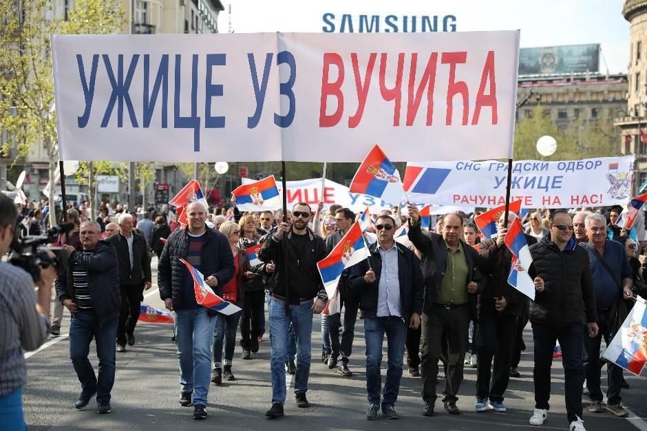 Vučić na mitingu: Napredak, a ne sukobi! (FOTO)