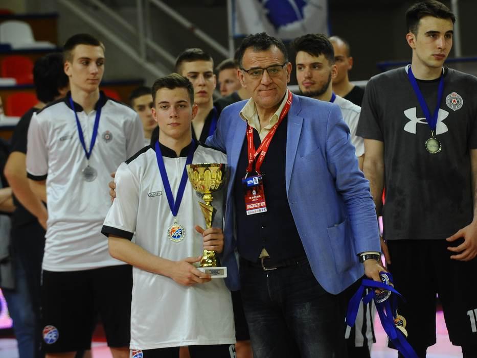 "Partizan se vratio iz ""-21"", Zvezda odbranila titulu"