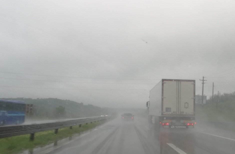 autoput, kiša, putevi, pljusak, put