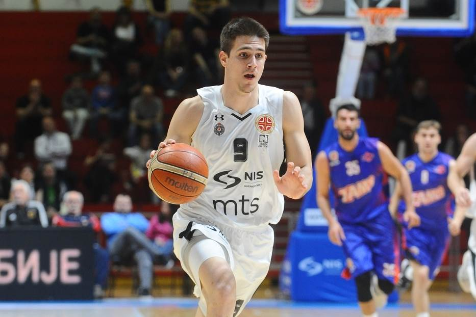 Vanja namestio ruku, Partizan vidi rivala u polufinalu!