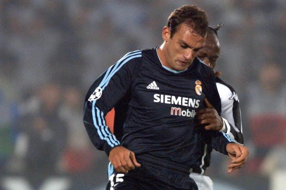 Raul Bravo u dresu Real Madrida protiv Tariba Vesta iz Partizana.