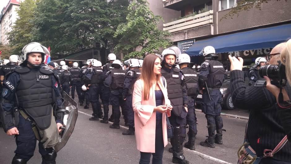 milica zavetnica,policija,kordon,demonstarcije,protest,mirdita