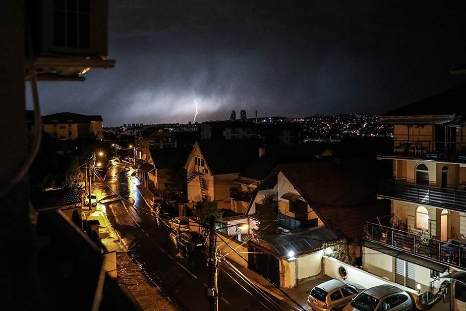 """Beograd PONOVO POD VODOM, """"službe spremne"""""""