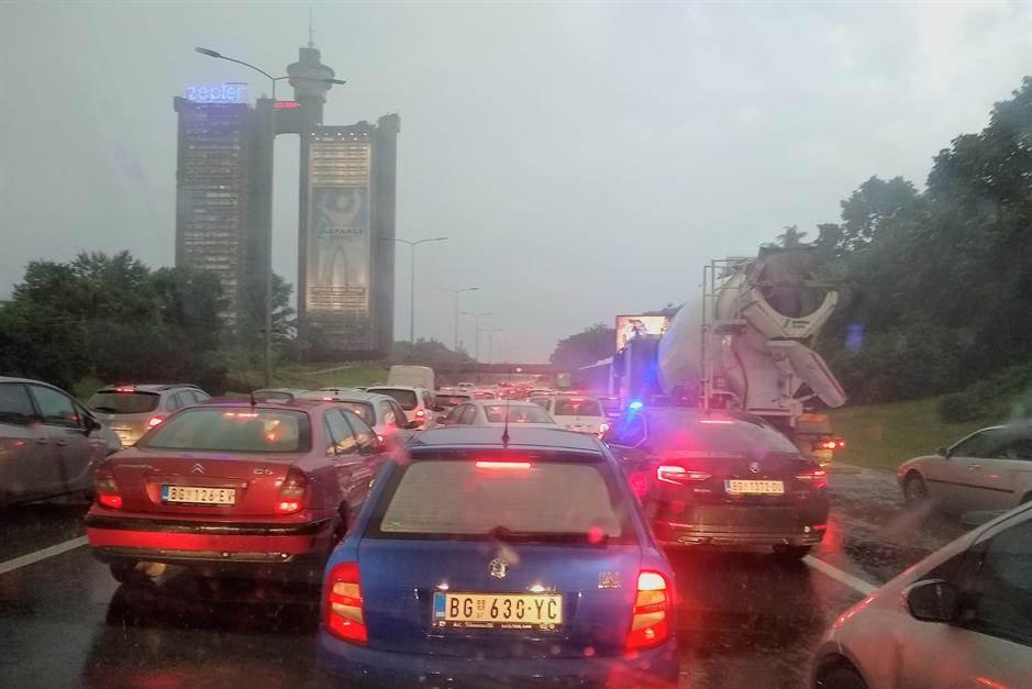 gužva,beogad,kiša,saobraćaj,kolaps,autoput