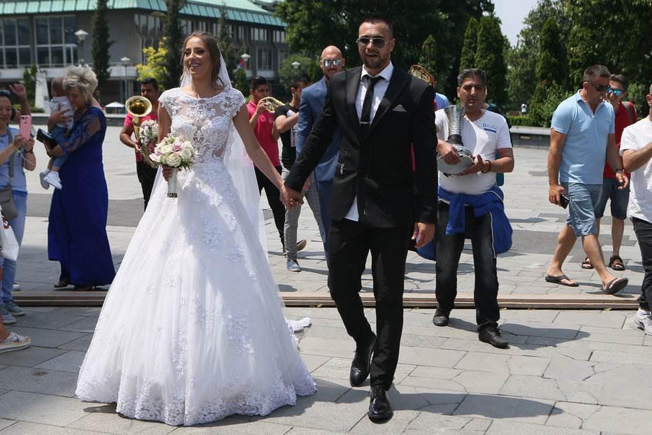 Prekinuta svadba srpskog košarkaša i misice: EVAKUACIJA