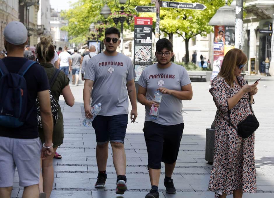 Upekla zvezda: Beograđani protiv VRUĆINE