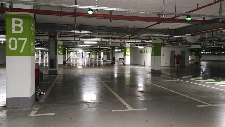 garaža, tržni centar, ušće