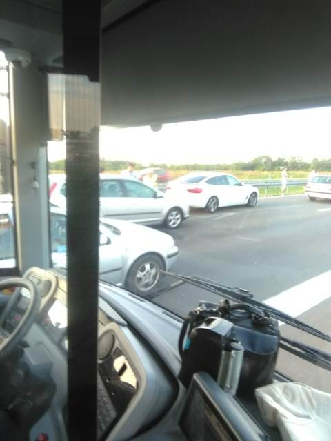 Velike gužve: Na autoputu lančani sudar desetak vozila!