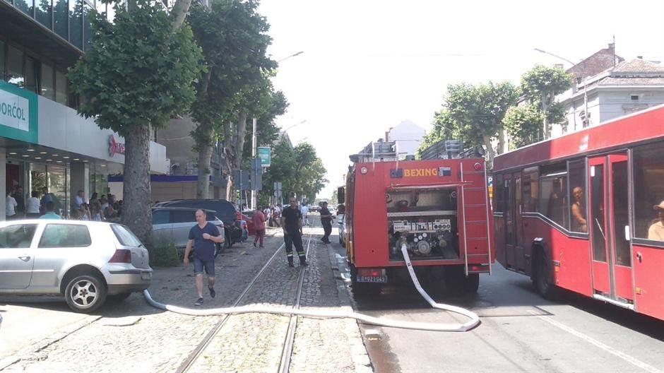 vatrogasci požar beograd