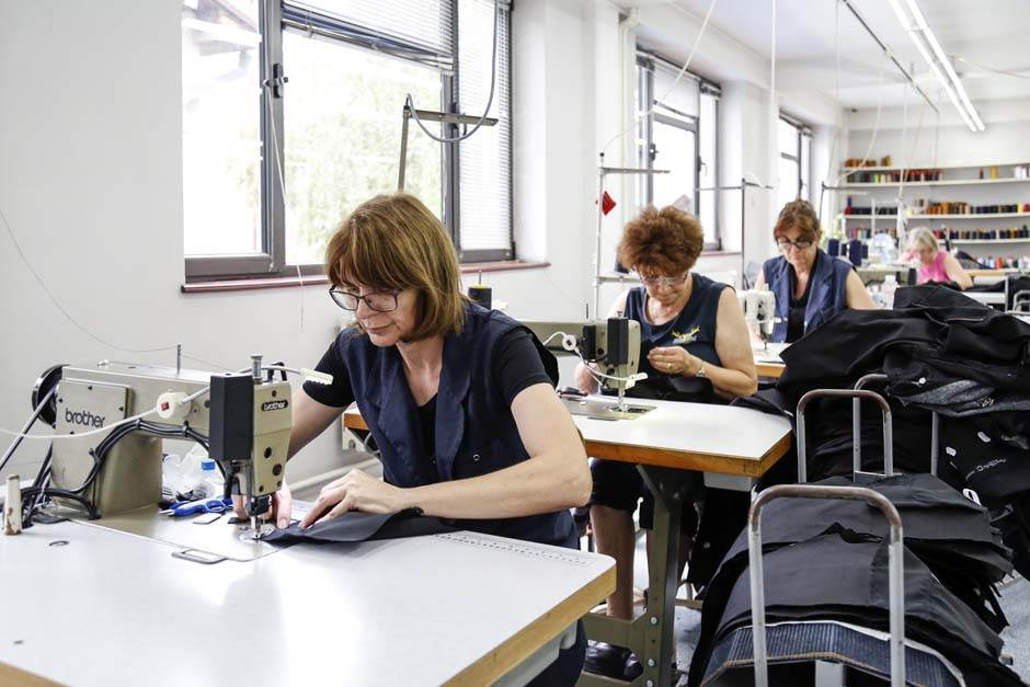 Tiffany, tifani, krojač, modna industrija, šivenje, tekstil