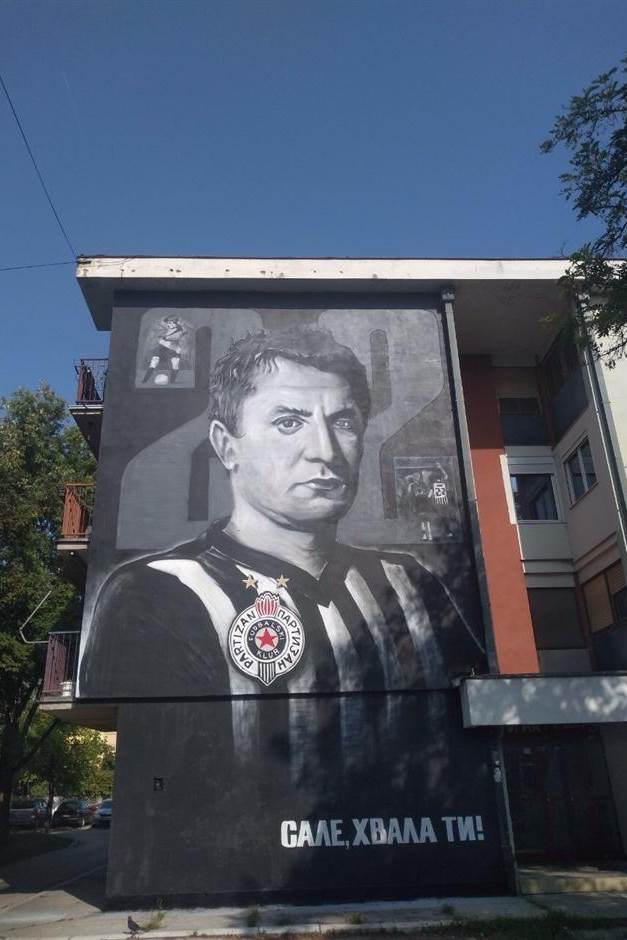 SALE, HVALA TI! Mural u čast legende Partizana (FOTO)