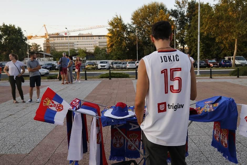 Beograd je bio PRAVI, a Orlovi PLAVI - srećno u Kini!