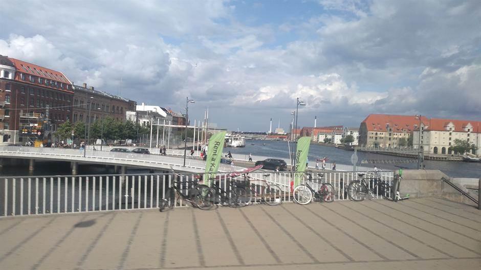 "MONDO u Danskoj: ""Parken"" čeka Zvezdu u belom (FOTO)"