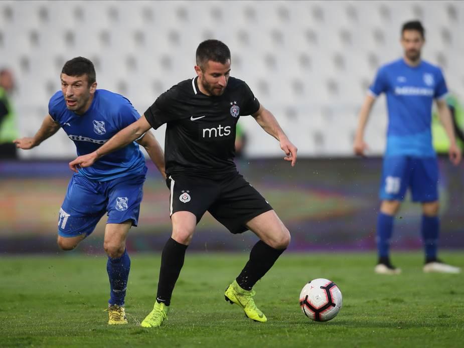 Zoran Tošić, Partizan, Mladost Lučani