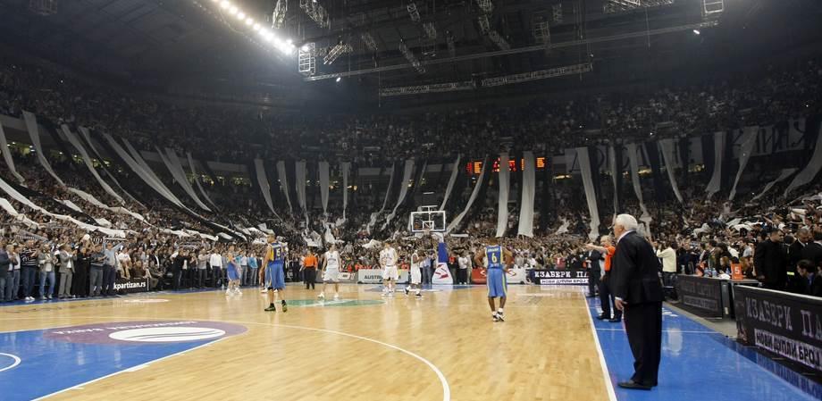 Puna Arena na utakmici Partizan - Makabi 2010.