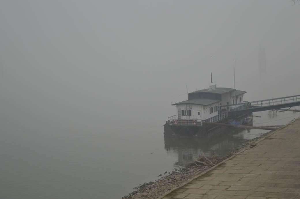 magla smog zagađen vazduh novi sad