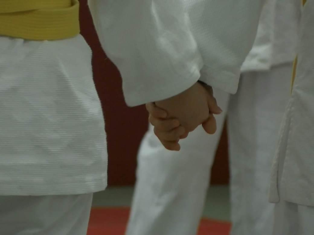 držanje za ruke, džudo