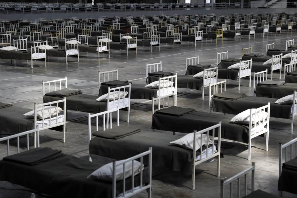 sajam hala 1 vojska korona virus izolacija kreveti