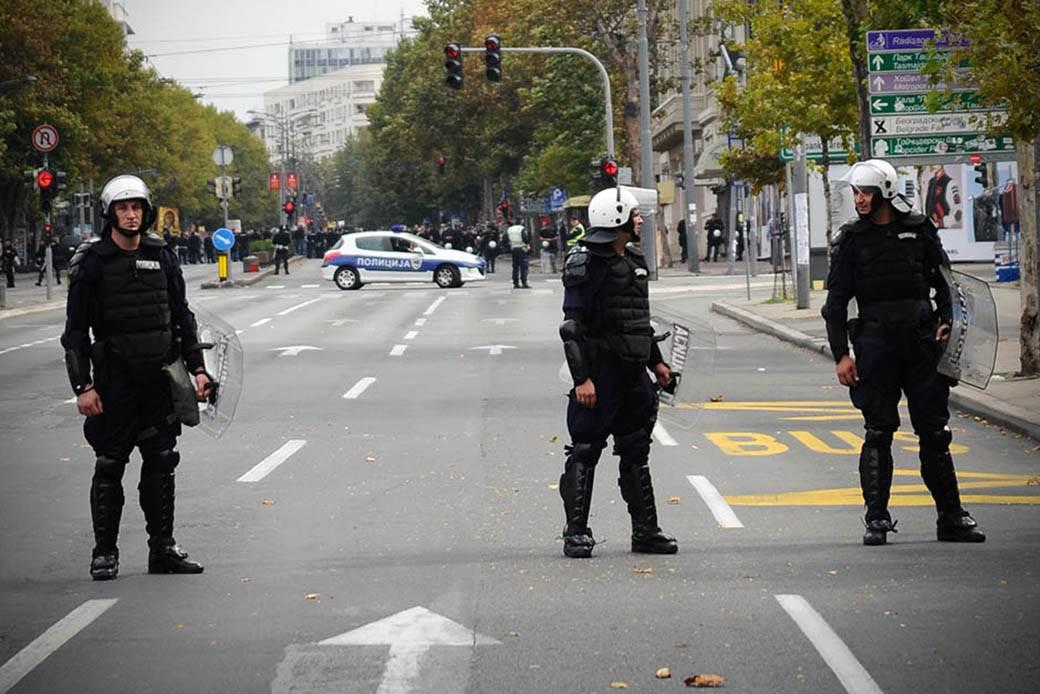 policijski-čas-zabrana-kretanja-stefan-stojanović-07.jpg
