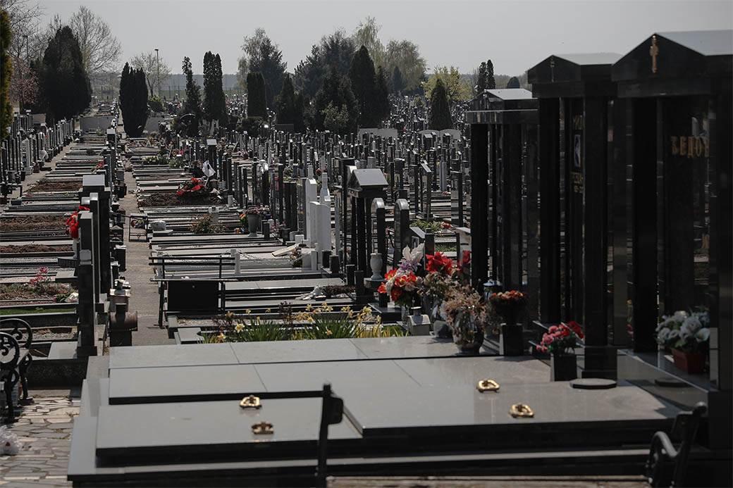 groblje-orlovača-sahrana-stefan-stojanović-01.jpg