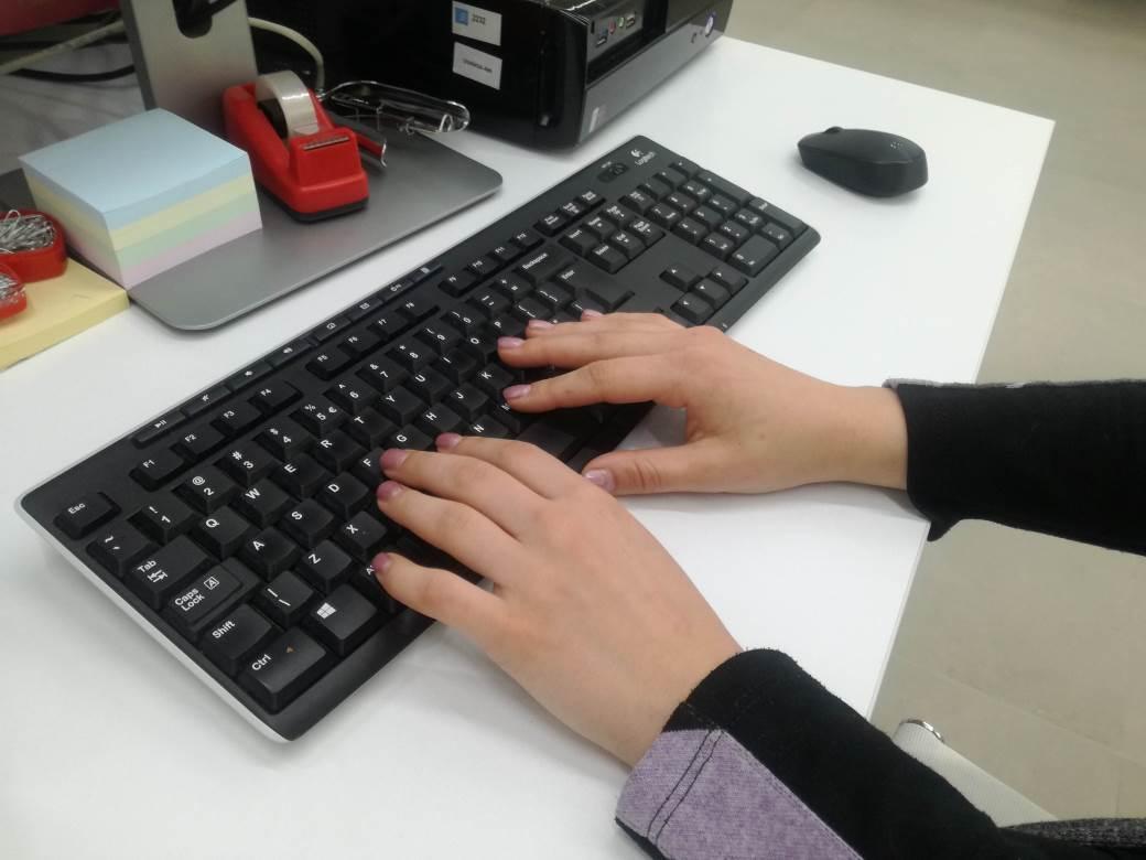 kompjuter, ruke, tastatura, računar, internet