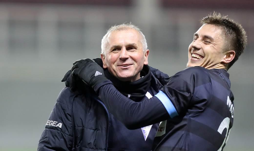 Nemanja Nikolić, Spartak, Vladimir Gaćinović