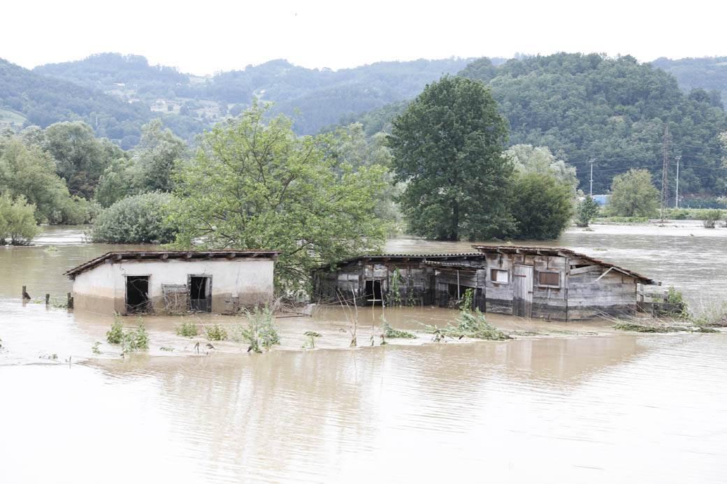 lučani-poplave-goran-sivački-2.jpg