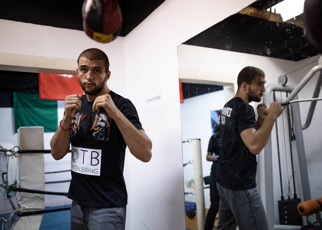 Veljko Ražnatović boks trening