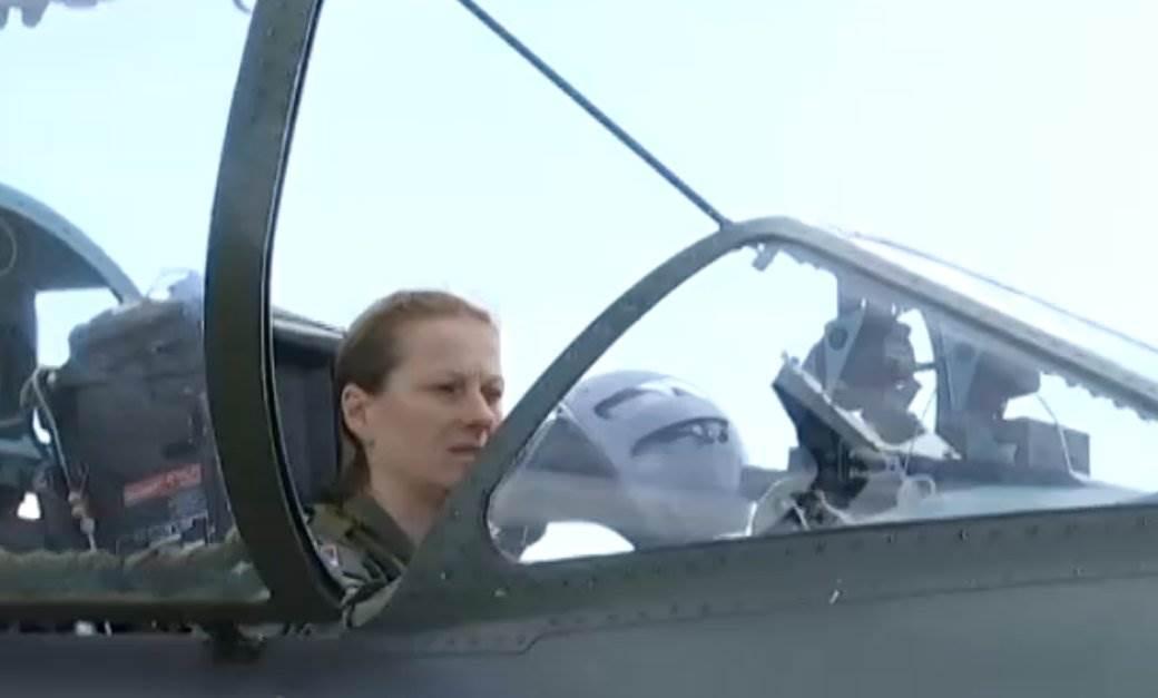 ana pilot 1.jpg
