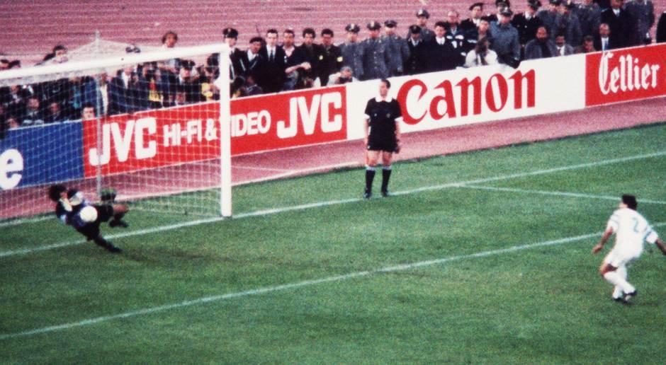 fudbal, stojanović, dika, kup šampiona, penal, amoros