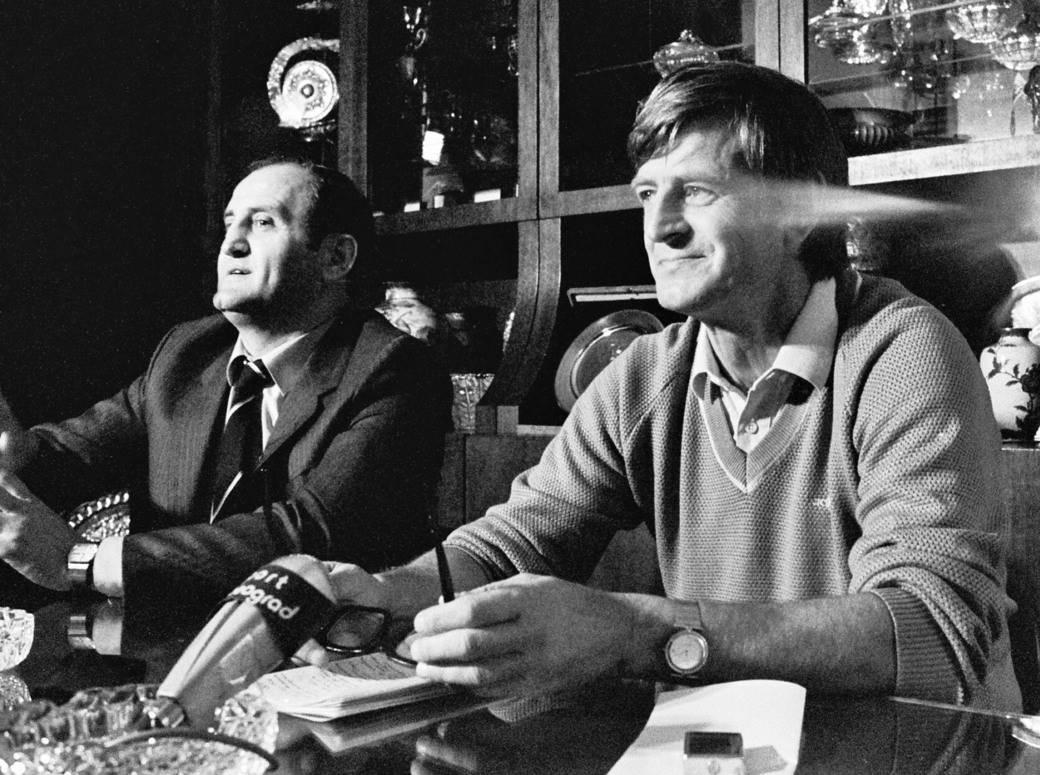 Branko Pejović generalni sekretar FSJ i selektor Miloš Milutinović, 1985.