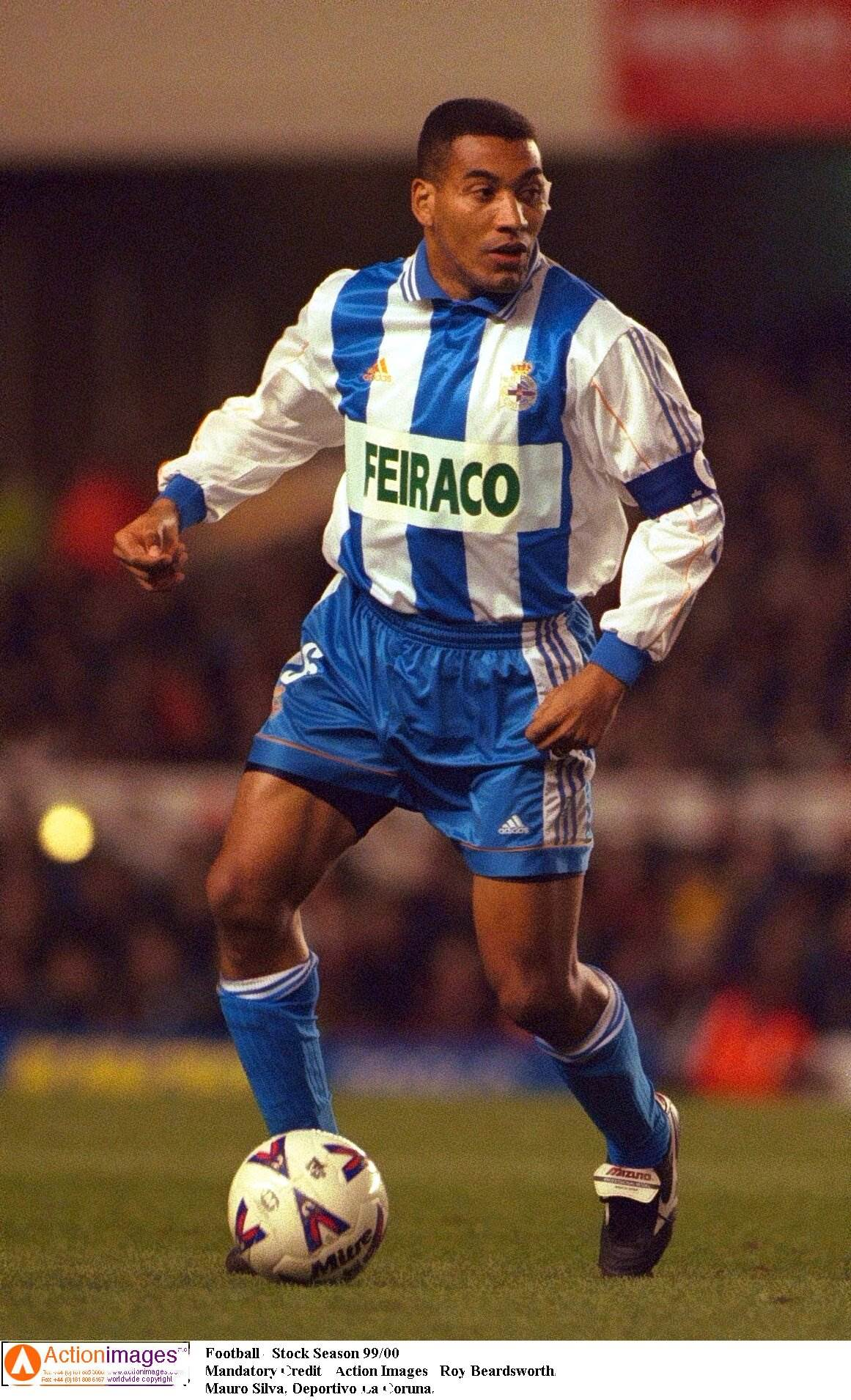 Football - Stock Season 99/00 Mandatory Credit - Action Images / Roy Beardsworth. Mauro Silva, Deportivo La Coruna.
