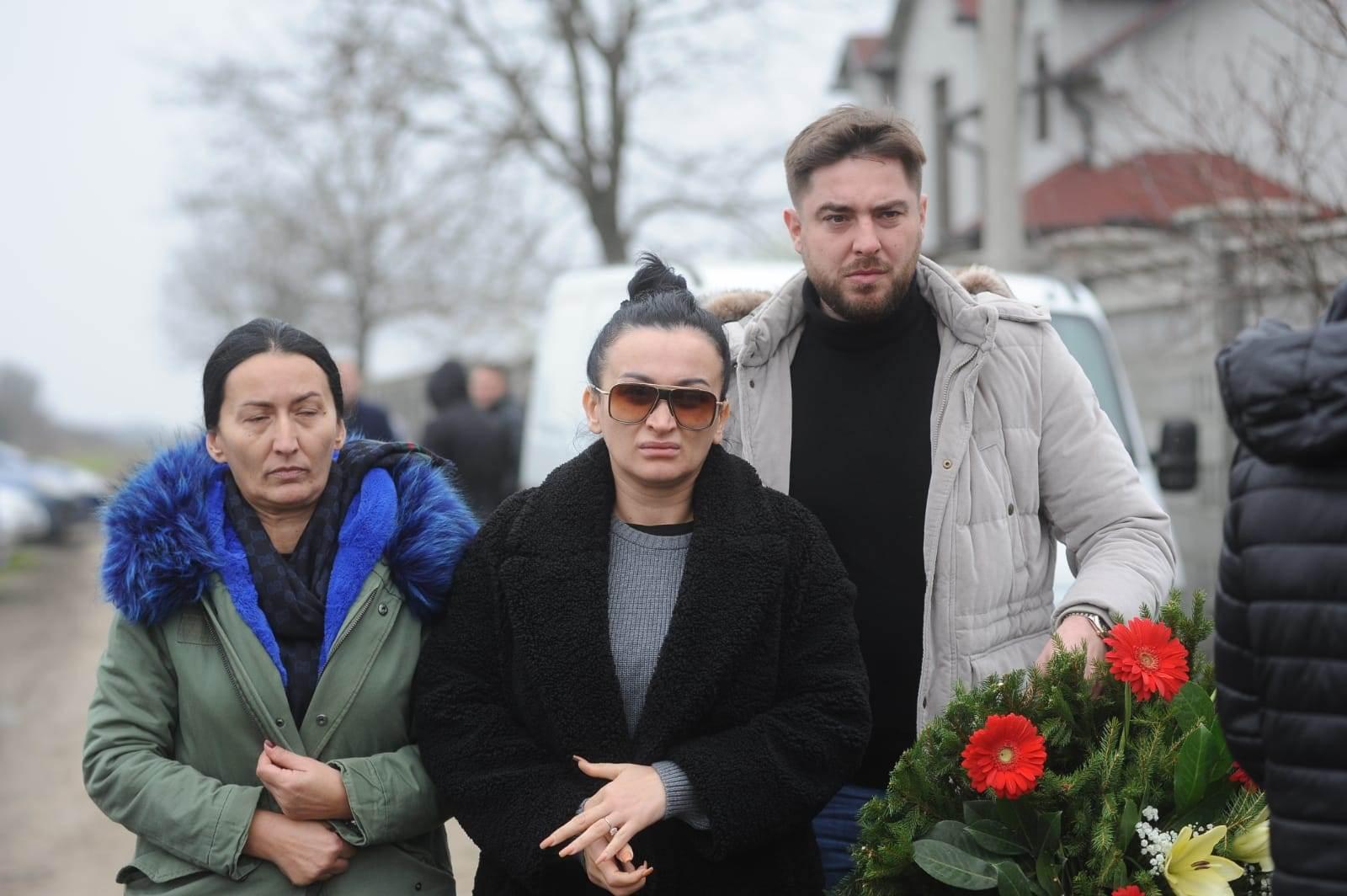 Andreana Čekić sahrana oca Darka Lazića Milana