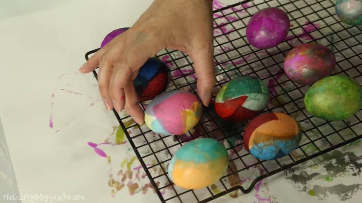 PREDIVNA uskršnja jaja bojena krep-papirom - 8 - PREDIVNA uskršnja jaja bojena krep-papirom