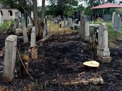 zapaljeno groblje selo pored topole 5