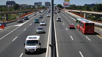 Most Gazela, Mostarska petlja, auto put, Hitna pomoć, automobili