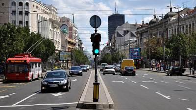 Beograd, Srpskih vladara, ulica, semafor, saobraćaj, beograđanka, terazije, trolejbus, gsp, zeleno svetlo