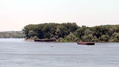 dunav reka čamac brod zemun pecaroš
