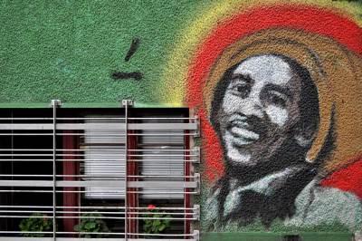 grafit, mural, grafiti, bob marli