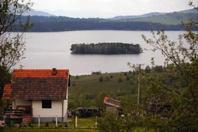 plutajuće ostrvo, vlasina, vlasinsko jezero, priroda, srbija, zelenilo,