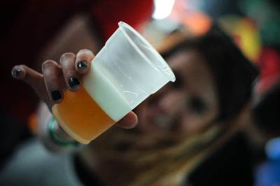 zanatsko pivo, pivo, točenje piva, točilica, alkohol, piće