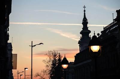 saborna crkva, zalazak sunca, beograd, ulica, ulično svetlo, ulična rasveta, krst, crkva, nebo