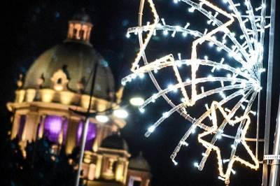 skupština, novogodišnja rasveta, ukrašavanje, ukrasna rasveta, beograd, svetla, ukrasi
