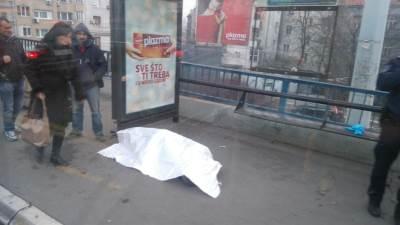 umrla, leš, autobuska stanica,