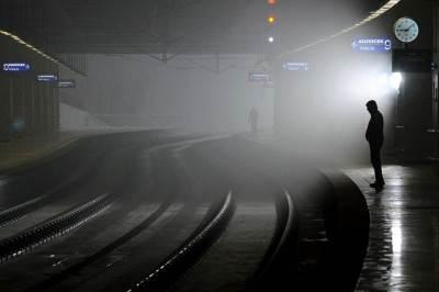 prokop stanica, voz, beograd centar, beograd, železnička stanica prokop, pruga, šine, tunel,