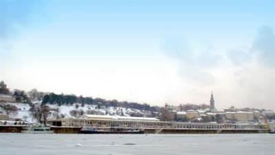 beograd zima sneg srbija reka ušće beton hala kalemegdan